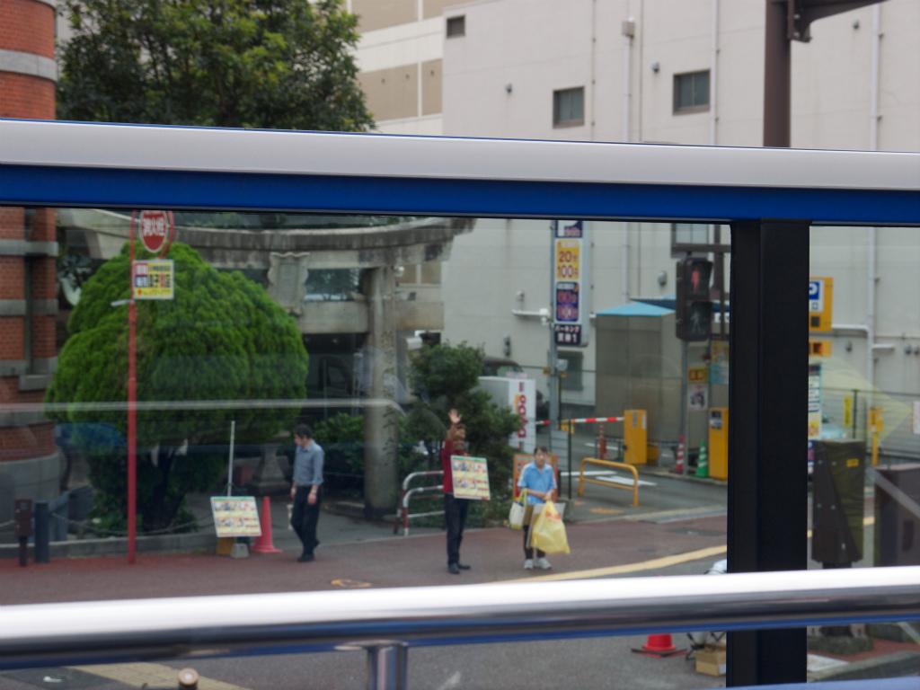 オープントップバス16
